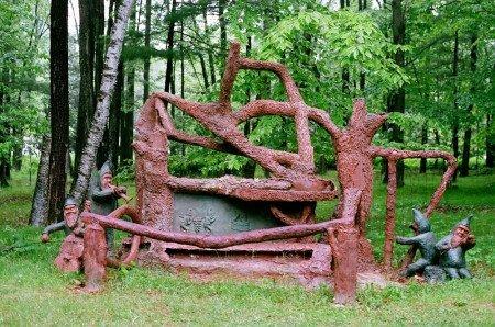James Tellen's Woodland Sculpture Garden 5