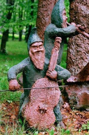 James Tellen's Woodland Sculpture Garden 4